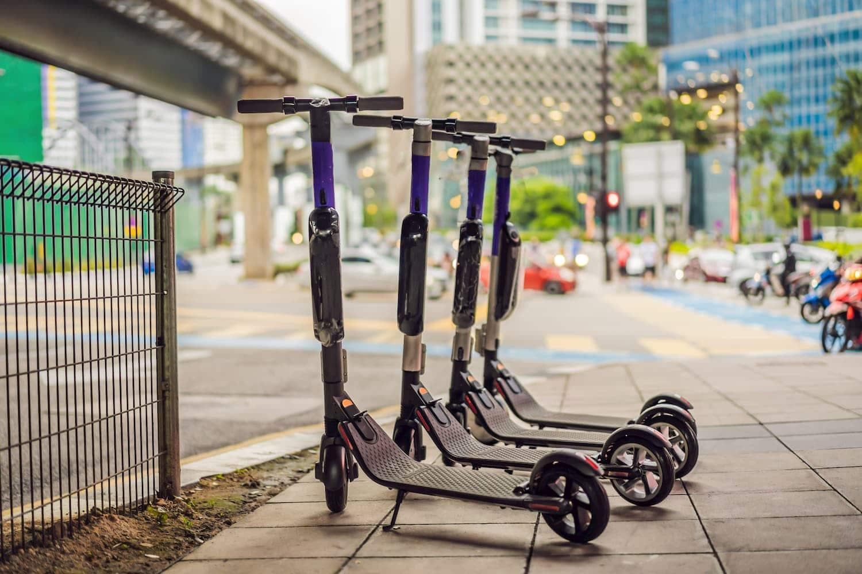 Lej el scooter i byen med apps